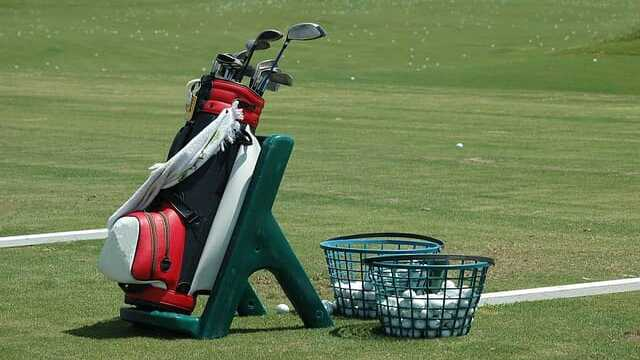 How to clean golf equipment the golf bag