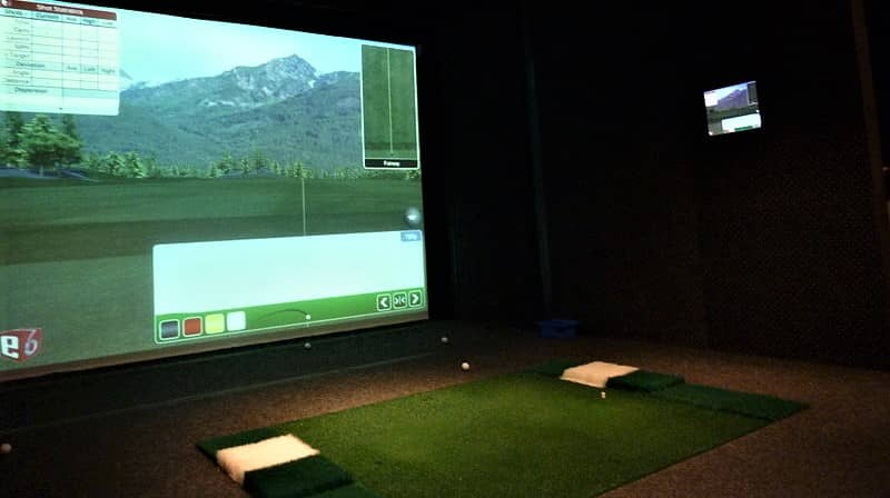 The-7-Best-Golf-Simulator-For-Under-$1000-[Guide-And-Reviews]
